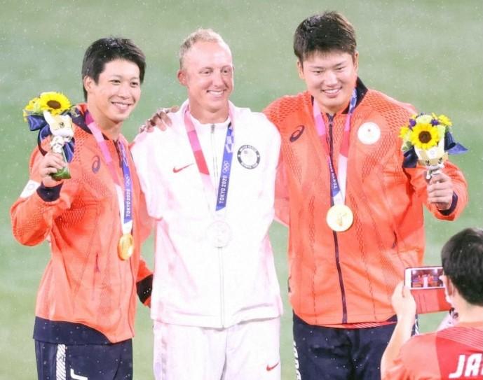 オリンピック最終戦メダルの3人